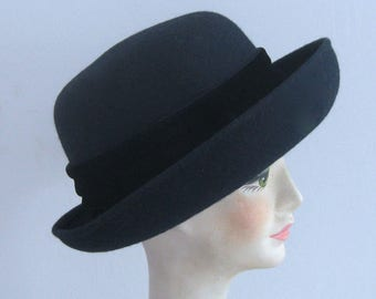 bowler hat . Madeleine hat . midnight blue hat midnight blue felt hat . blue bowler hat . size S