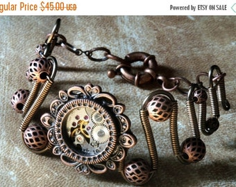 HAPPY HOLIDAYS SALE - Steampunk Jewelry - Bracelet with antique watch movement - Copper