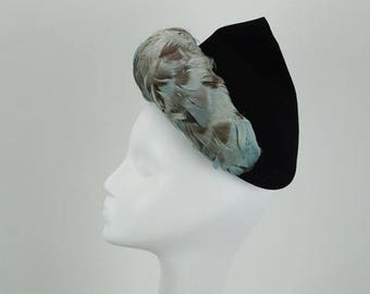 Vintage 1940s Hat Feathered Black Peak Style by H B Burnett Sz 21.5
