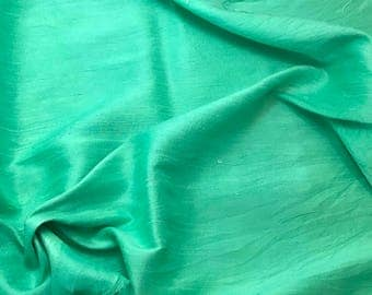 Hand Dyed SPEARMINT GREEN Silk DUPIONI Fabric - fat 1/4