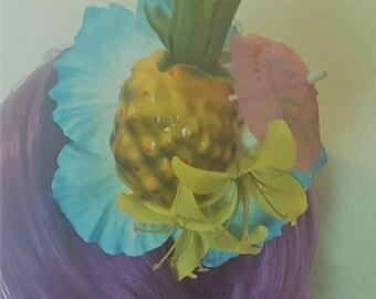 PIneapple, PIneapple clip, Faux fruit, Hibiscus, Hibiscus flower, Flower, MsFormaldehyde, Pinup, Rockabilly, Tiki