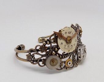 Steampunk bracelet. Steampunk cuff bracelet. Steampunk jewelry.