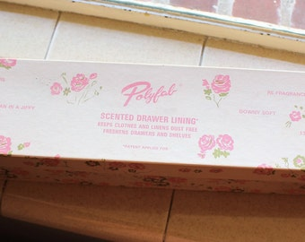 VINTAGE Polyfab scented drawer lining, pink and blue floral pattern