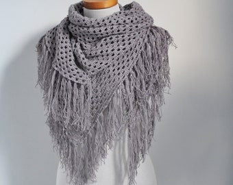 Crochet shawl with fringe, grey, Q530