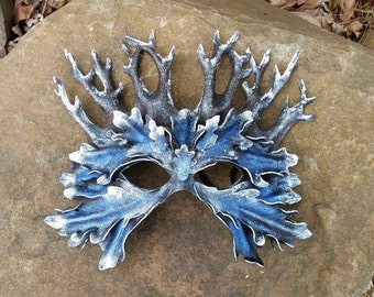 Winter Wood King with Glass Berries Leather Mask