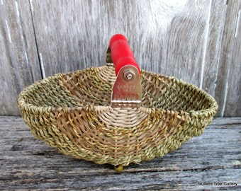 Pastry Blender Basket with Red Handle