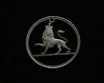 Great Britain - cut coin pendant - w/ Crowned Lion - 1969
