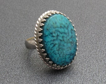 Whiting and Davis Vintage Ring Mottled Blue Glass Jewelry R7617