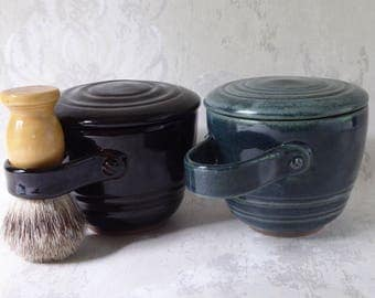 Lidded Shaving Mug in Choice of Black or Green