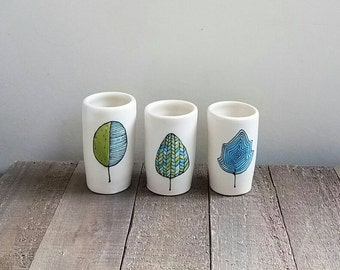 Leaf vase, set of three leaf vases, blue leaf ceramic vases, woodland home decor, spring  leaf design.