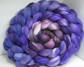 Organic Polwarth/Bombyx 80/20 Roving Combed Top 5oz - Aubergine 1