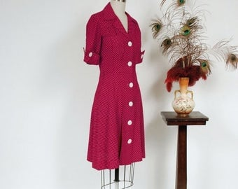 SALE - Vintage 1980s Dress - Fantastic 1940s Style Maroon Day Dress with Swiss Dots, Cut Pockets and Shell Buttons