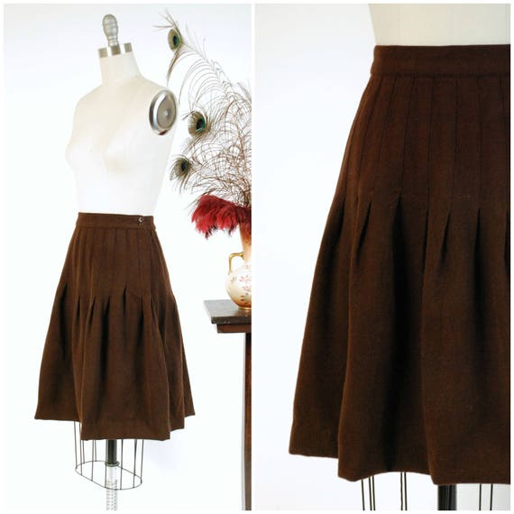 Vintage 1930s Skirt - Versatile Chocolate Brown Wool Late 30s Skirt with Stitched Down Pleats and Side Buttons