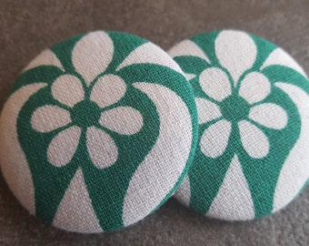 Button earrings, St Patricks, Green and white button earrings, White and green fabric earrings, Mod print earrings, Fabric button earrings
