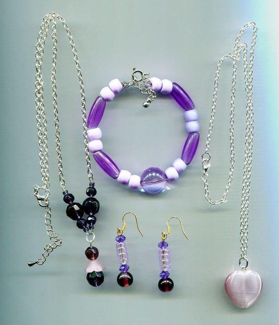 beaded PURPLE JEWELRY LOT  bead necklace dangle earrings bead bracelet glass plastic handmade wholesale mixed jewelry lots