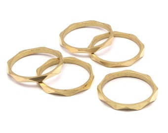 Brass Faceted Ring, 12 Raw Brass Faceted Rings, Connectors (19mm) N502