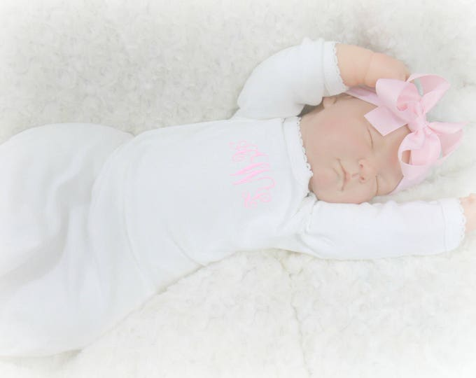 Pink and White Personalized Coming Home Baby Gown for Girl, Pink Monogrammed Baby Girl Gown and Matching Pink Headband