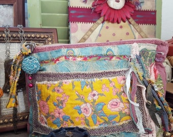 Lorelei freespirit hand stiched embroidery bohemian gypsy zipper clutch by simplyworn