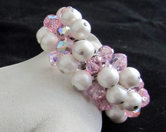 Bracelet Iridescent Pink and Faux Pear Glass Expandable Vintage 1950's