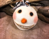 Snowman - Handmade Paperclay Ornament