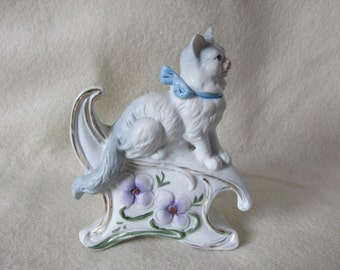 c1890s Bisque Figurine of a White Cat, Art Nouveau