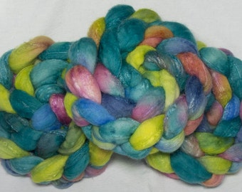 Hand dyed roving,  Merino 75%, Tussah Silk 30, 3 times blended, hand painted combed top, spinning wool, fibre, Felting, Spring Song