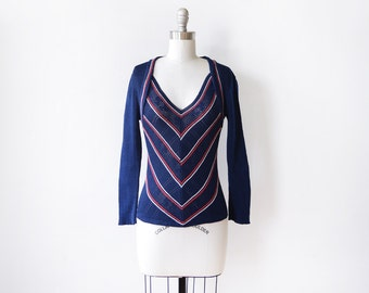 vintage chevron sweater, 70s navy sweater, 1970s vneck sweater, extra small/small