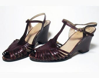 Vintage Burgundy Womens Shoes Wedge Leather 1970s Italy Maxime Size 36/American 6