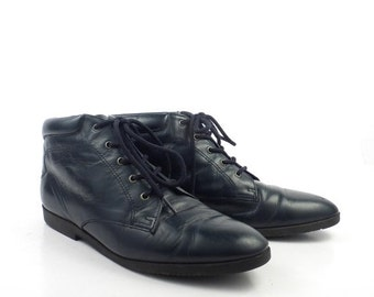 Granny Boots Vintage 1980s Navy Leather Lace Up Women's size 7