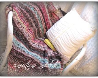 Knit Afghan/ Knit throw/ Knit blanket in Aqua, Brown and Pink * Jeté décorative fait au tricot Aqua Rose et Brun