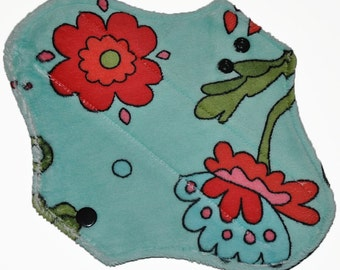 Light Core- Flowers Minkye Reusable Cloth Pantyliner Pad- WindPro Fleece- 8.5 Inches