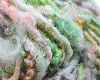 Egghunt - Hand Spun Art Yarn