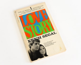 Vintage 1970s Book / Love Story by Erich Segal 1970 Paperback / Love Means Not Ever Having to Say You're Sorry / Romance, Valentines
