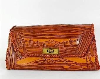 Spring SALE 25% Vintage 1940s Tooled Leather Handbag Faux Bois Wood Grain Clutch Western Desert Theme Bag Cactus Cow Skull Bones Saddle Brow