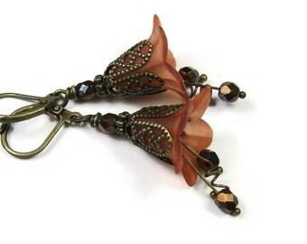 Flower Earrings, Burnt Orange Sienna, Antiqued Brass Dangle Earrings, Vintage Style Jewelry, Czech Glass Earrings, Lucite Flowers, For Her