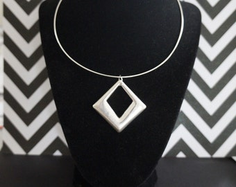 Red Hot Mod! 1980's Does Swingin 1960's Large Lightweight Silver Diamond Cutout Medallion Necklace