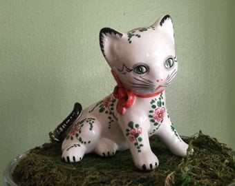 Vintage pottery cat marked Italy