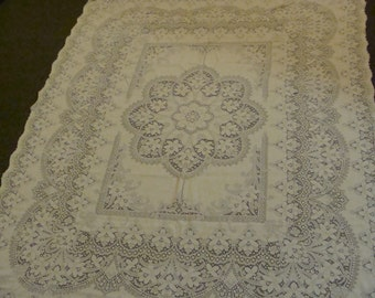 Elegant Lace Antique Tablecloth ~ Cutter?