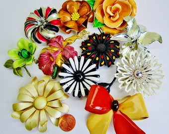 Vintage Enamel FLOWER BROOCHES Lot of 10 Two Are Signed  Rare Estate LOT Stunning Bridal Bouquet Art Nouveau 50 - 80s Retro Runway Statement