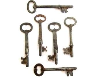 6 Vintage skeleton keys Old skeleton keys Vintage keys Key collection Valentine Key Old keys Skelton keys Old key Group skeleton keys bit #6