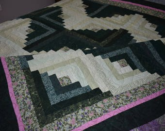Beautiful Handmade Green and Pink Log Cabin Quilt