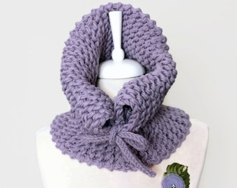 Lilac Knitted Cowl, Wool Infinity Circle Scarf, Thick Chunky Neck Warmer, Winter Accessory, Cozy Christmas Gift, Trendy Fashion