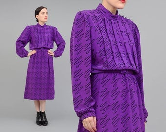 Vintage 80s Secretary Dress - Squiggle Line Drawing Artsy Graphic Dress - 1980s Blouson Midi Dress - Belted Dress Purple Black - Medium M
