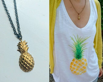 Pineapple necklace. Gold pineapple jewelry. Fruit. Simple jewelry. Gold necklace. Brass. Bronze. Summer jewelry