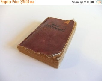 ON SALE Vintage  New Testament Paper Back