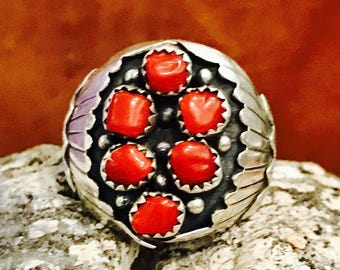 Beautiful Naive American Natural Red Coral Solid  Sterling Silver Feather Vintage Ring Singed