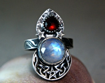 Witchy Valentines Ring, Sterling Silver Blue Moonstone Cresecnt Moon Jewelry, Unique Bohemian Garnet Ring