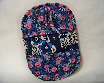 Pinch Pot Holder in Sushi's Antiques in Navy - Hot Pad - Ready To Ship