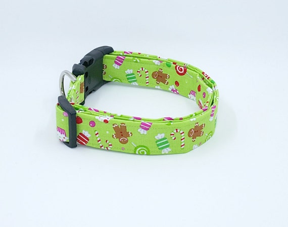 Christmas Candy, Cupcakes, Gingerbread Men and more on a Mint Green Dog Collar