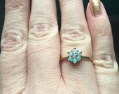 Opal Flower Ring - 9k Gold - Wedding Jewelry - Vintage